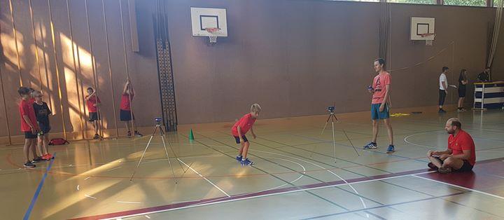 Tests de condition physique du mouvement juniors à la salle Omnisports Les résultats de…